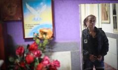 Da última vez que Andrea Francisco viu o filho Pedro, de 4 anos, ele perguntou: 'mãe, você me deu?': usuária há mais de 10 anos, ela não cria seus dois filhos Foto: Marcos Alves