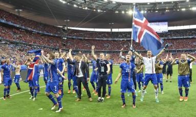 Islândia, que fez sucesso na Eurocopa de 2016, teria jogado a Copa do Mundo de 2014 se nova divisão já estivesse valendo Foto: Martin Meissner / AP
