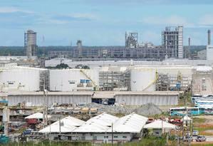 A refinaria Abreu e Lima Foto: Hans Von Manteuffel / Agência O Globo / 15-9-2014