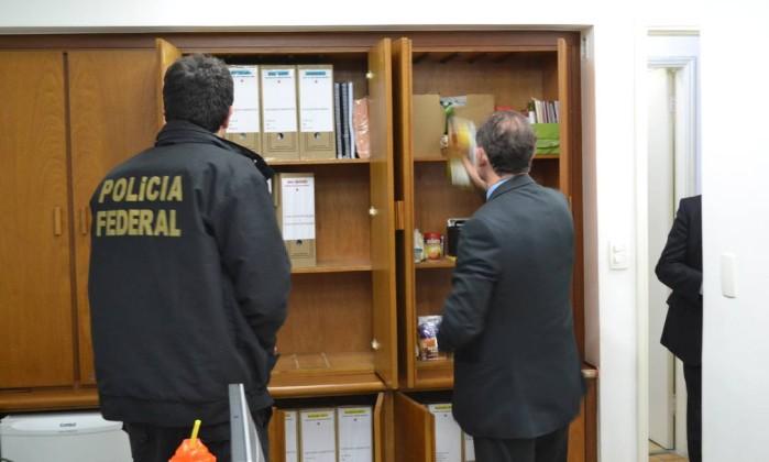 PF cumpre mandados de prisão em investigação sobre propina no Planejamento