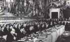 Anos 50. Assinatura do Tratado de Roma, que criou o Mercado Comum Europeu, base da futura União Europeia Foto: 25/03/1957 / Arquivo