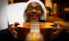 Luiz Melodia em casa, em São Conrado. Cantor e compositor grava DVD em show no Teatro da UFF, quarta Foto: Pablo Jacob