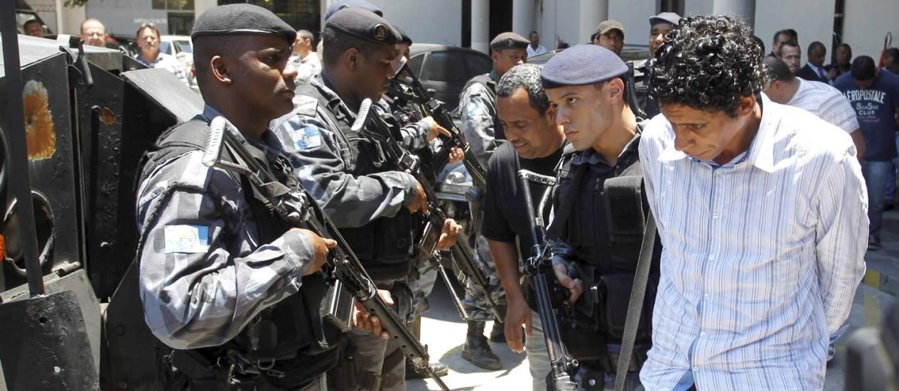 O traficante Nem, em 2011, pouco depois de ser preso no Rio Foto: Marcelo Carnaval / Foto de Marcelo Carnaval/10-11-2011