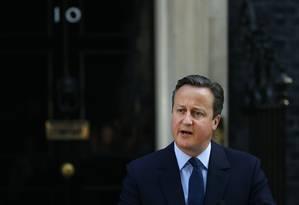 O primeiro-ministro David Cameron anuncia que deixará o cargo após derrota no referendo Foto: Alastair Grant / AP