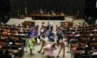 Grupo de quadrilha se apresenta no plenário da Câmara dos Deputados Foto: Ailton de Freitas / Agência O Globo / 24-6-2016