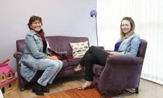 A psicóloga Julia Bittencourt e a aposentada Ângela Rezende Foto: Fabio Rossi / Agência O Globo