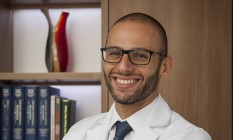 O médico do esporte e ortopedista Sérgio Maurício Silva, especializado em tratamento de atletas amadores Foto: Analice Paron