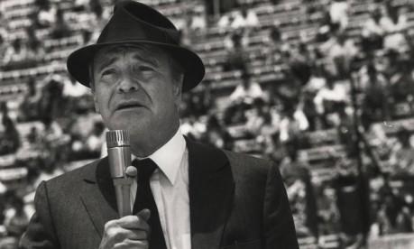 """Política. Jack Lemmon em """"Desaparecido - um grande mistério"""" (Missing) no Estádio Nacional de Santigo, no Chile: drama após golpe de Pinochet em Allende Foto: 12/08/1982 / Divulgação"""