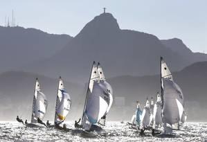 Na prova de vela, com Copacabana ao fundo, também estarão em foco os prédios do bairro e o Cristo Foto: Ivo Gonzalez/Photo Operations/Rio 2016