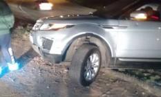 Carro da médica Gisele Palhares, assassinada no acesso à Linha Vermelha Foto: Reprodução