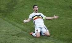 Hazard comemora o terceiro gol da Bélgica na partida Foto: Vincent Kessler / REUTERS