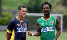 Jorginho e Andrezinho comemoraram a gordura acumulada pelo Vasco na Série B Foto: Divulgação/Vasco
