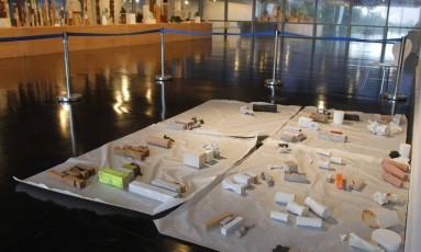 Museu precisou mudar obras de lugar para evitar outras quedas Foto: Pedro Teixeira / Agência O Globo