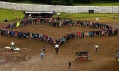 Protesto. Um flash mob, realizado no Festival de Glastonbury, pediu a permanência do Reino Unido na União Europeia Foto: STOYAN NENOV / REUTERS