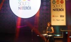 Entrega do Prêmio Sou de Niterói de 2016, apresentado por Ana Carolina Raimundi Foto: Bárbara Lopes / Agência O Globo / Arquivo / 11/04/2016