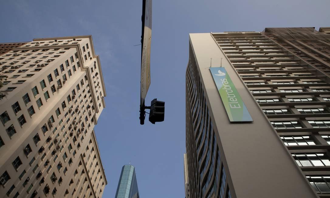 Eletrobras: para governo, mudança de regras do setor elétrico pode inviabilizar privatização Foto: Nadia Sussman / Bloomberg