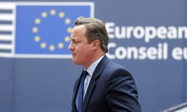 Premier David Cameron chega para reunião de cúpula em Bruxelas Foto: PASCAL ROSSIGNOL / REUTERS