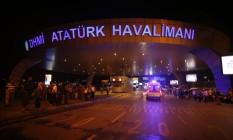 Aeroporto de Ataturk recebe 60 milhões de passageiros por ano Foto: Emrah Gurel / AP
