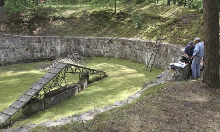 Descoberto túnel cavado com colheres por judeus na Segunda Guerra