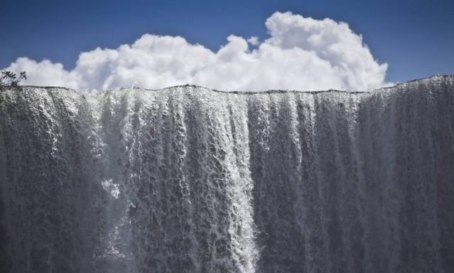Salto Utiariti, formado pelas aguas do rio Papagaio, na aldeia Utiariti, em Campo Novo do Parecis
