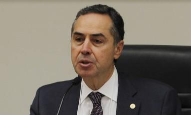 O ministro do Supremo Tribunal Federal (STF) Luís Roberto Barroso, durante seminário do Conselho Nacional do Ministério Público (CNMP) em Brasília Foto: Givaldo Barbosa / Agência O Globo / 29-6-2016