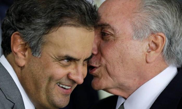 Temer busca apoio de Aécio para eleger aliado de Cunha na Câmara