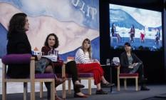 Mesa da Flip com Annita Costa Malufe, Laura Liuzzi e Marilia Garcia Foto: Alexandre Cassiano / O Globo