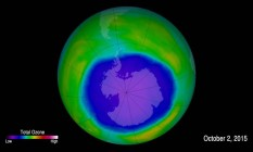 Ilustração mostra buraco na camada de ozônio, sobre a Antártica Foto: Divulgação