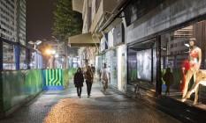 Canteiro de obras da Linha 4 do metrô na Avenida Ataulfo de Paiva, próximo à Afrânio de Melo Franco, no Leblon: serviços na reta final Foto: Mônica Imbuzeiro