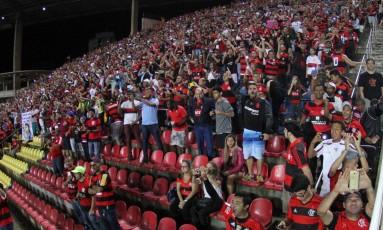 Torcida do Flamengo lotou as arquibancadas do estádio Kléber Andrade, em Cariacica, na vitória sobre o Internacional Foto: Gilvan de Souza / Flamengo