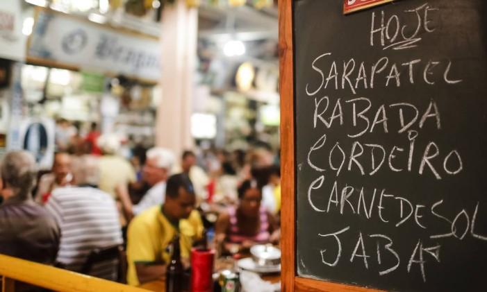 Bar no Mercado da Madalena, em Recife Foto: Andréa Rêgo Barros / Divulgação