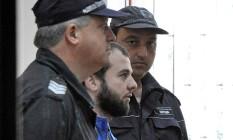O checheno Akhmed Chatayev (ao centro), chegou a ser detido na Bulgária, mas foi libertado Foto: REUTERS