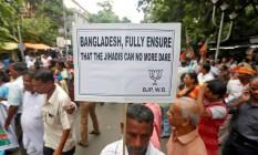 Protesto organizado pelo partido Bharatiya Janata contra as atrocidades praticadas contra minorias religiosas no Bangladesh Foto: RUPAK DE CHOWDHURI / REUTERS