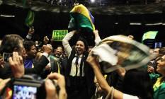 A deputada Raquel Muniz (PSB-MG) na votação do impeachment na Câmara Foto: Jorge William / Agência O Globo / 14-4-2016