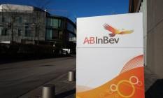 Entrada da sede da AB InBev headquarters, in Leuven, na Bélgica Foto: BRUNO FAHY / AFP/25-2-2016
