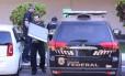 Polícia Federal faz operação de busca e apreensão em apartamento do ex-tesoureiro do PT Paulo Ferreira