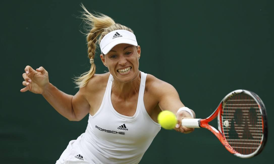 A tenista alemã Angelique Kerber, durante a partida contra Misaki Doi, do Japão STEFAN WERMUTH / REUTERS