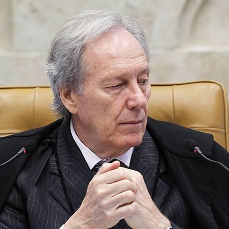 O presidente do STF, Ricardo Lewandowski Foto: Jorge William / Agência O Globo / 20-4-2016