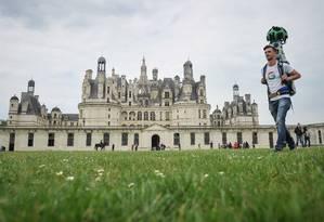 Funcionário do Google registra o Castelo Chambord Foto: GUILLAUME SOUVANT / AFP