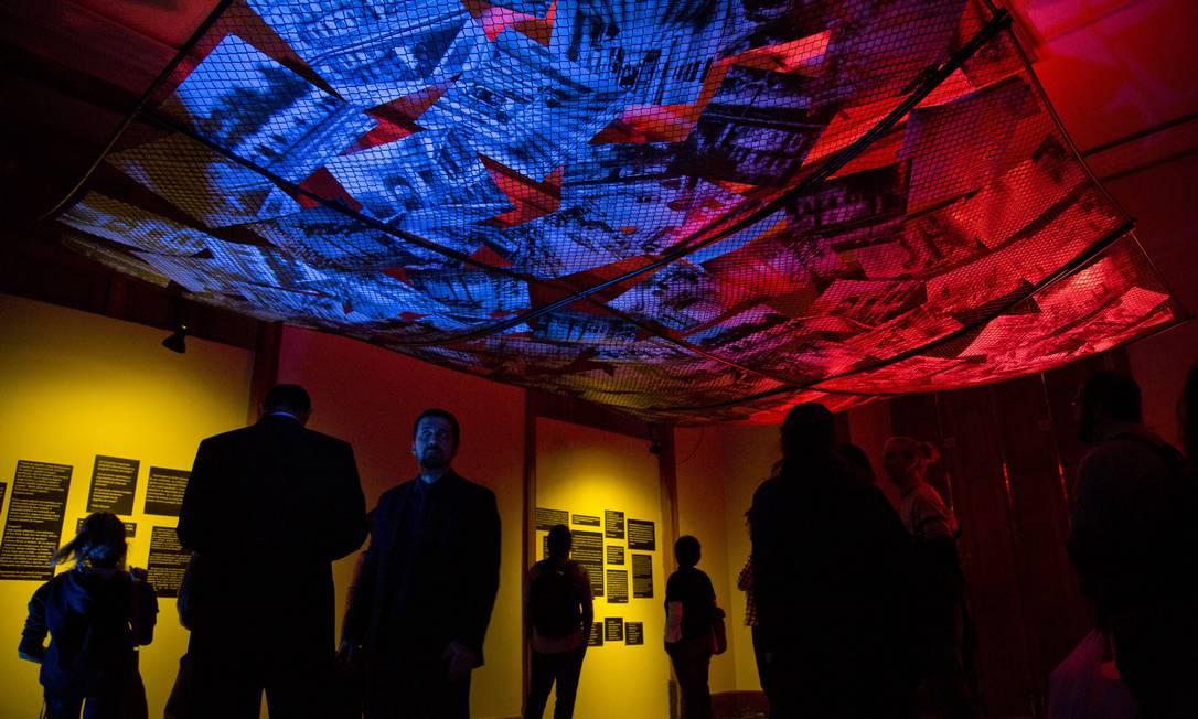 A segunda das duas salas da exposição Jardins Suspensos, em exibição no CCJF Hans Georg / Divulgação/Hans Georg