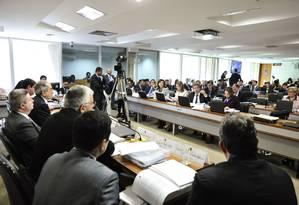 Sessão da comissão do impeachment do Senado nesta terça-feira Foto: Geraldo Magela/Agência Senado