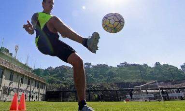 Canales durante treino do Botafogo Foto: Vitor Silva/SSPress / Botafogo