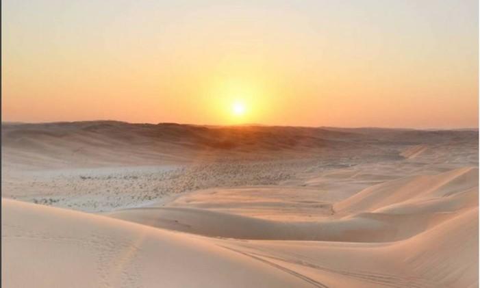 O deserto de Liwa Desert Foto: @glamtraveller / Instagram