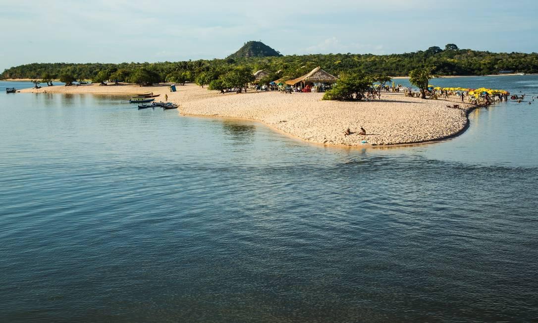 Ilha do Amor.Lá estão as praias mais concorridas de Alter do Chão, com quiosques vendendo petiscos e cerveja gelada Foto: Ministério do Turismo/Divulgação