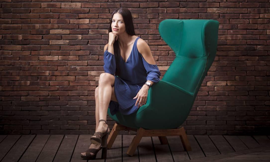 Adriana Lima diz que não se acha sexy Foto: Leo Martins / Agência O Globo