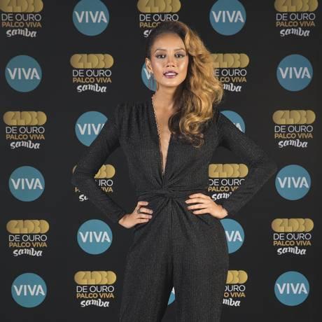 Taís Araújo está à frente do 'Globo de Ouro Palco Viva Samba', que estreia segunda-feira, às 21h, no Canal Viva Foto: Divulgação/Viva