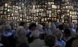 Sobreviventes do Holocausto no Memorial de Auschwitz, em janeiro deste ano