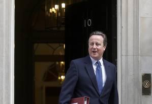 Primeiro-ministro, David Cameron, deixa sua residência na Downing Street para sua última sessão de perguntas no Parlamento Foto: PETER NICHOLLS / REUTERS