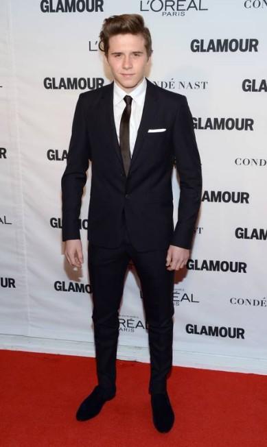 Com 7,7 milhões de seguidores no Instagram, Brooklyn Beckham, de 17 anos, já é uma potência fashion. Filho de David e Victoria Beckham, ele também é namorado da atriz Chloë Grace Moretz e garoto-propaganda da Burberry Evan Agostini / Evan Agostini/Invision/AP