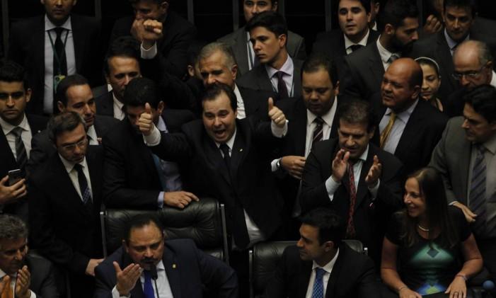 O deputado Rodrigo Maia (DEM-RJ) é eleito novo presidente da Câmara Foto: Givaldo Barbosa / Agência O Globo / 13-7-2016